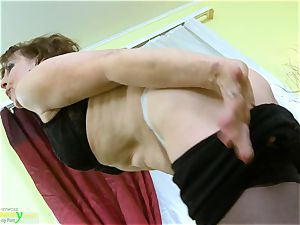 OldNannY steamy Mature doll Solo getting off Showoff