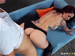 Monique Alexander displays an actress how its done