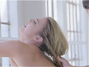 Marina the slut dances and gets screwed