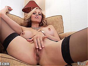 insane cougar Julia Ann gives a messy pov deep throat