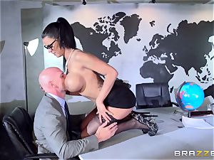 chesty spy Peta Jensen gets her taut cootchie pulverized in a secret bunker