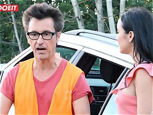 LETSDOEIT - nubile pokes elderly man For Free Car Repair