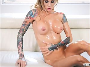 Spizoo- Sarah Jessie grease up and get torn up by a gigantic pipe