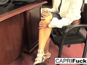 Capri Cavanni and Zoey Holloway screw