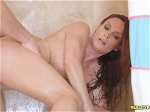 cougar Diamond Foxxx bj's beef whistle inbetween the shower curtain