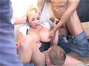 admirers smoking group paw masturbate with Michelle Thorne