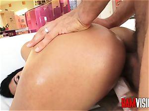 Bamvisions warm Latina nubile Vanessa Sky covets anal invasion hookup