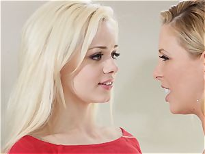 stash and peep Sn 1 threesome with Cherie Deville and Elsa Jean