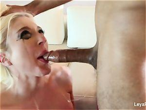 Leya Falcon wants her culo boinked harder