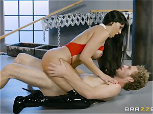 steaming vampire stunner Mercedes Carrera rails hard spear