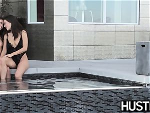 tempting Lana Rhoades plays with youthfull rump and labia