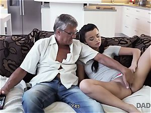 DADDY4K. father takes part in spontaneous intercourse with sweetie Erica black