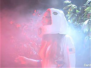 Astronaut Dani Daniels vs. the Cherie DeVille 2000